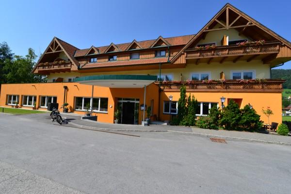 Außenansicht Hotel Angerer-Hof
