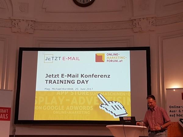 Jetzt E-Mail Konferenz Training Day in Wien