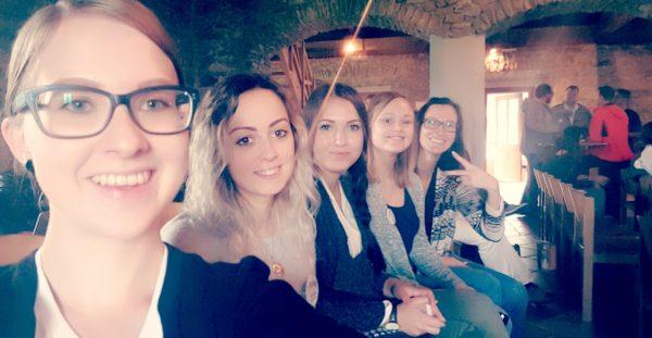 Das Crosseye Marketing Team freut sich auf die nächst Session