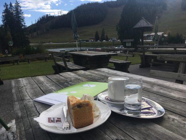 Kaffee & Kuchen beim Projekttermin Hotel Teichwirt