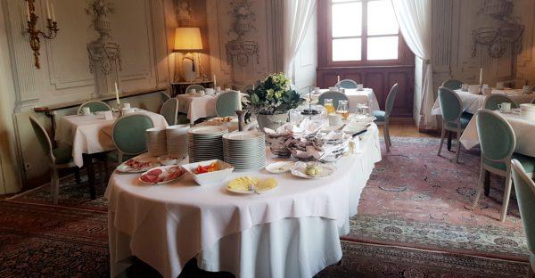 Frühstück im Schloss Obermayerhofen