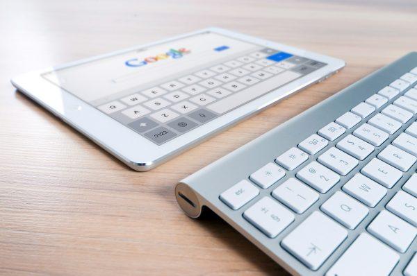 Google Suche setzt auf SEO Optimierung (c) pixabay